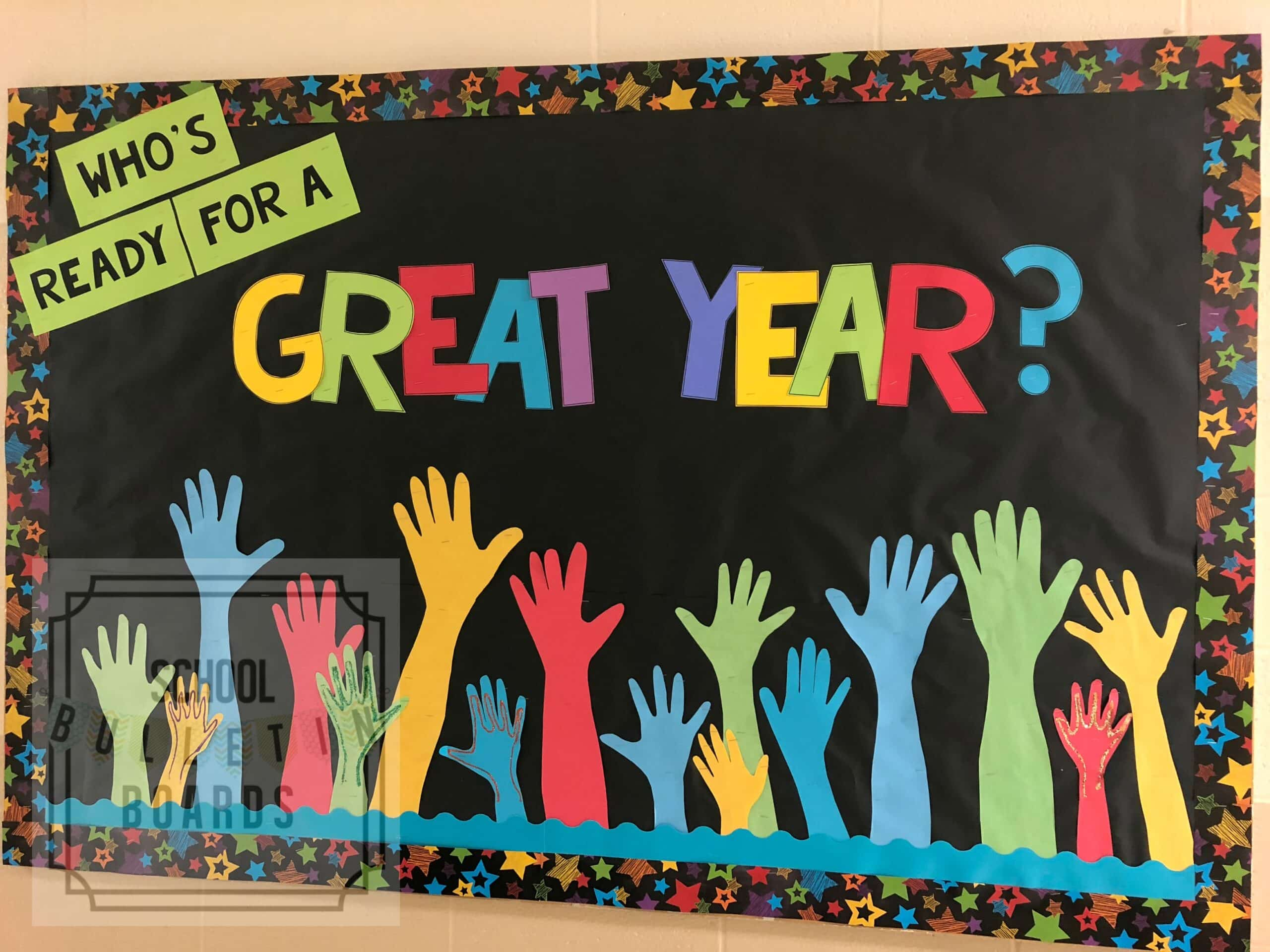 Back to School bulletin boards don't have to be time consuming or super cutesy.  Even better when they get students involved in the process too! #backtoschool #bulletinboards