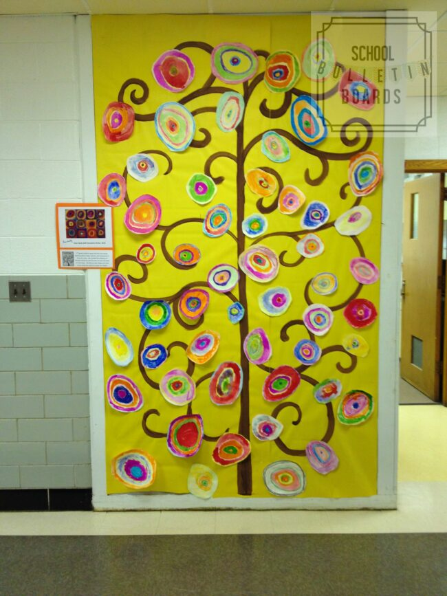 Celebrate Spring with a colorful flower tree made by your students! #classroomdecoration  #springbulletinboard